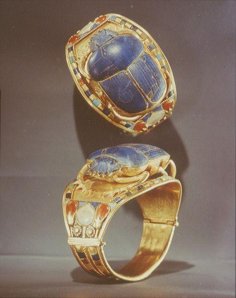 Scarab Bracelet from the tomb of Tutankhamun, circa 1340 BC, amazing!