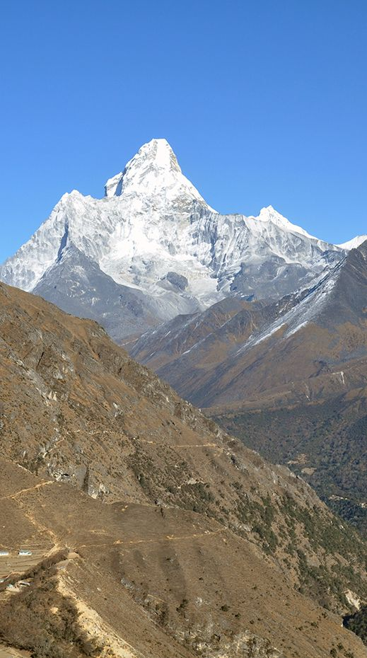 Ama Dablam in Nepal, as seen on day 4 of the trek to Everest Base Camp