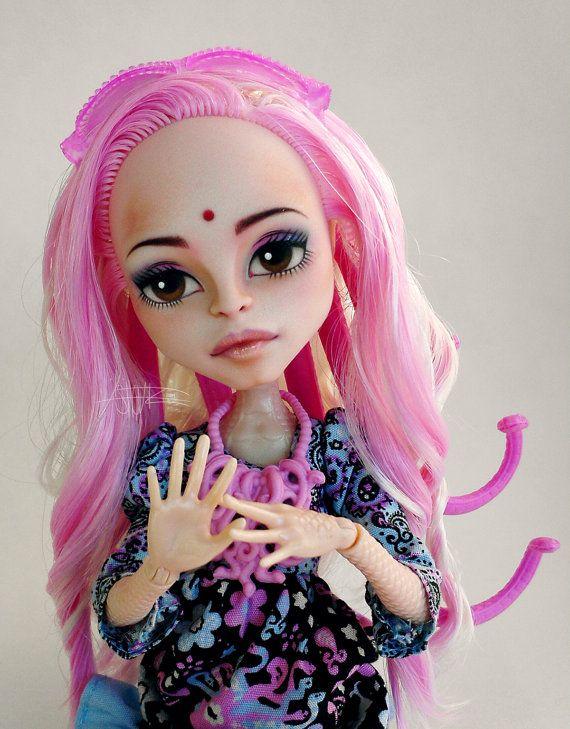 Monster High Viperine Gorgon Repaint By AshGUTZ Dolls Pinterest