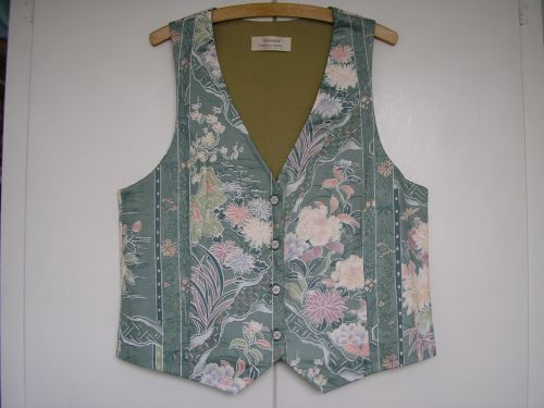 "Japanese Painting Design  Waistcoat 34"" - 36"""