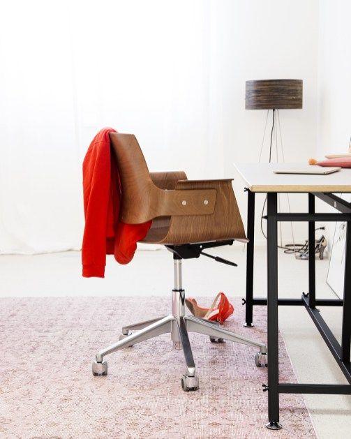 Ein Tisch, der bewegt | Jeannette