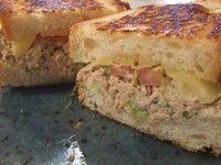 Tuna Melt Toasty http://www.calorababy.co.za/recipes/tuna-melt-toastie.html
