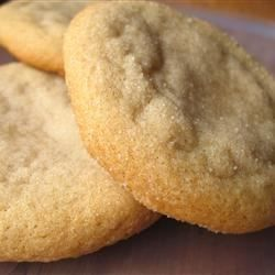 Use real maple syrup and this recipe to achieve rich and golden cookies with a rich maple flavor.