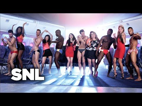 Anna Kendrick And The Ladies Of SNL Sing About Dongs All Over The World