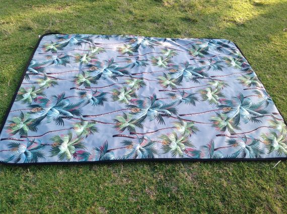 At last a beautiful Picnic Rug you will be proud to use!  I was inspired to make these new style Picnic Rugs when I got sick of seeing all the