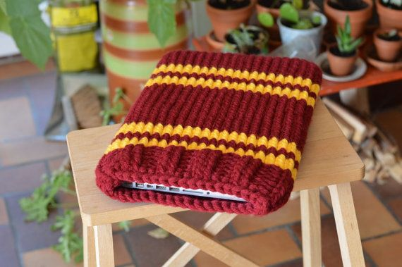 Knitted Laptop sleeve Macbook sleeve 13 inch  Harry by martice