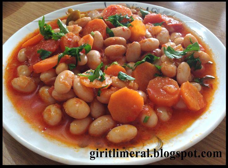 Giritli Meral'in Mutfağı: ZEYTİNYAĞLI TAZE BARBUNYA