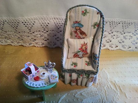 Easter  Armchair  Small rabbits  1:12 scale  by LaboratoriodiManu