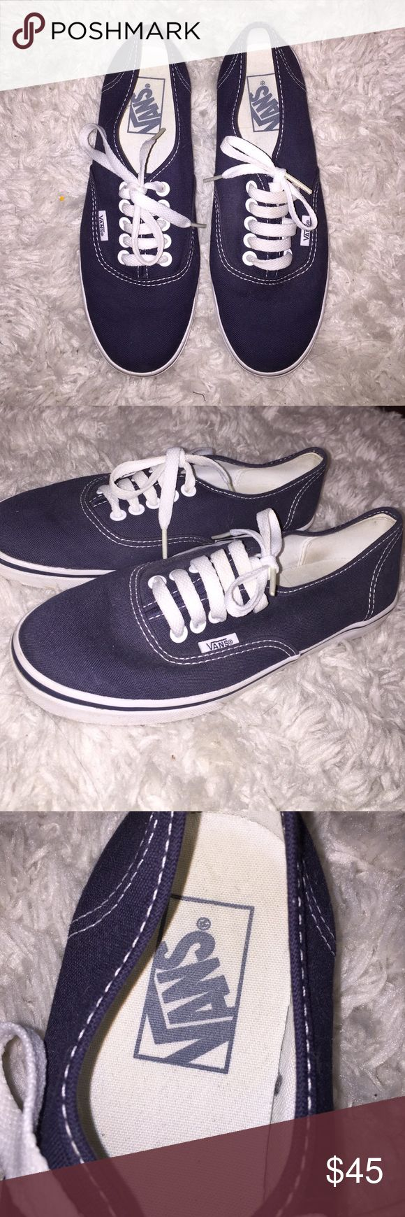 BARELY WORN Navy Blue Vans BARELY WORN Navy Blue Vans in perfect condition! Vans Shoes Sneakers