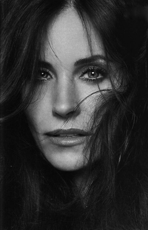 Courtney Cox - she's so glam