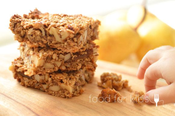 Fig and Pear Granola Slice  - the perfect Autumn afternoon snack x