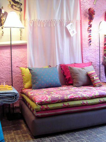 Les 120 meilleures images propos de caravane sur for Petit divan lit