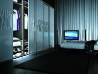 PODŚWIETLENIE MEBLI: W każdej z szafie, garderobie, szafce łazienkowej czy kuchennej – zarówno tych standardowych, jak i wykonanych na indywidualne zamówienie, można wmontować innowacyjne oświetlenie oparte o technologię LED.