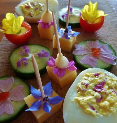 DE GULLE AARDE: bloemen op je bord super tof!!!