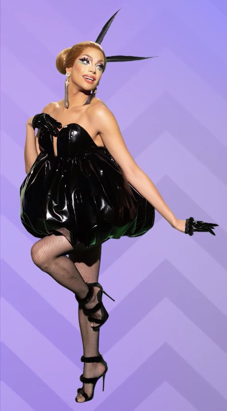 Valentina Rupaul Drag Race, Valentina Drag, Kimchi Drag Queen, Alaska Drag Queen, Best Drag Queens, Bob The Drag Queen, Drag Queen Outfits, Rupaul Drag Queen, Races Outfit
