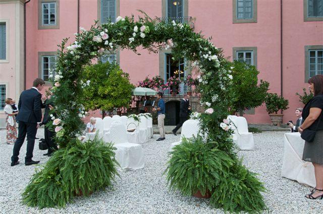 Outdoor civil wedding Italy