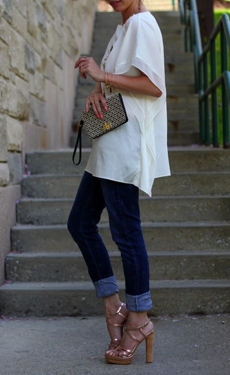 Cuffed jeans + relaxed blouses.