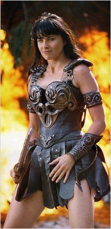 lucy lawless xena princesa guerrera -                                                                                                                                                                                 Más