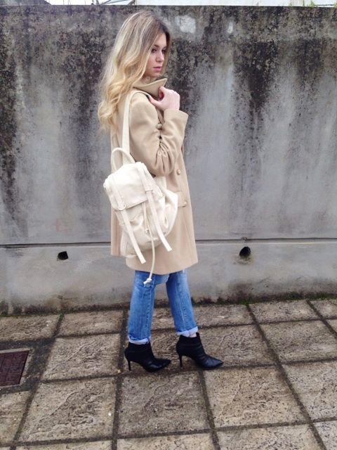 The Camel Coat #fashion #outfit #outfits #beauty #bloggers #priestessofstyle #style #fashionpost #fashionblogger #priestess #jeans #shoes #nike #backpack #coat #priestess #greece #greek #blondehair #girl