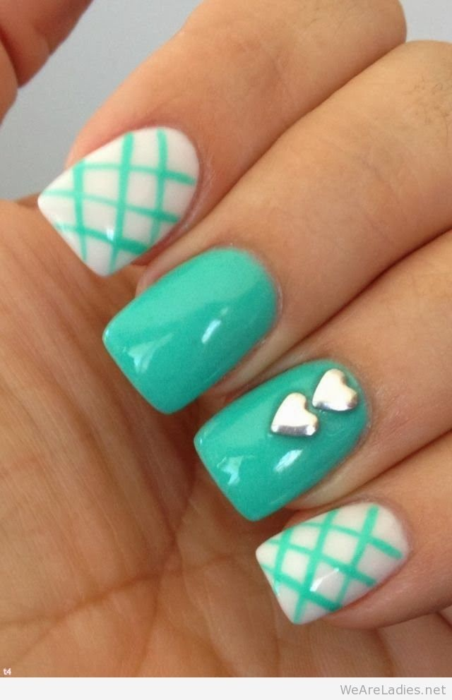 Hot nail trend for summer 2015