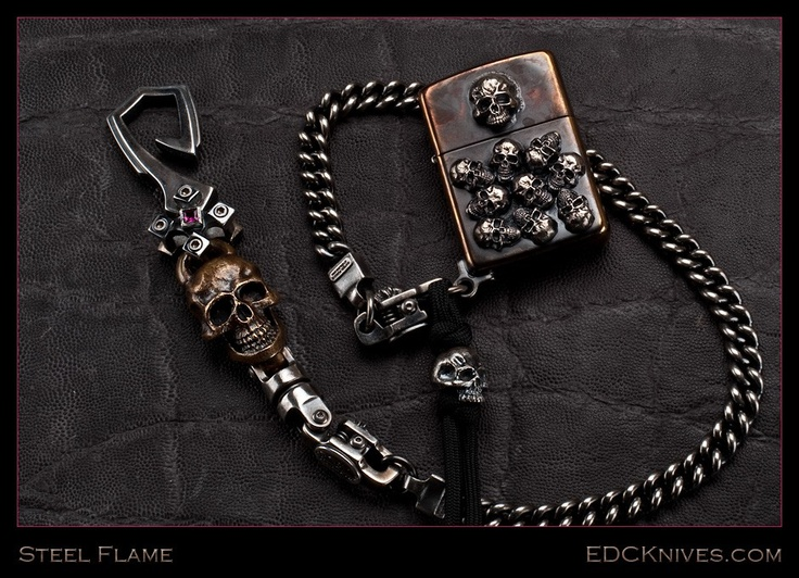 Steel Flame Pile o' Skulls Zippo Wallet Chain and Hook.