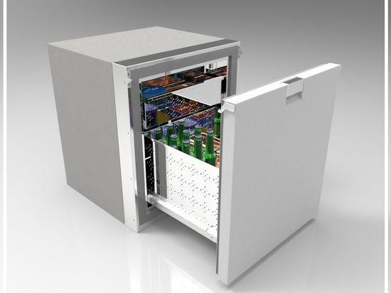 Dieses ist der erste Fachgefrierschrank, der durch Frigonautica hergestellt wird.  Kapazität di 75Lt, Maße: W525 D557 H600mm.  Dieser Gefrierschrank hat ein externes Fach und ein internes Extrafach, das den Innenraum optimieren darf.  Verfügbar für das System, das durch 12-24Vdc angetrieben wird - 220Vac oder 110Vac - 50H, der externe Kompressor kann das abgekühlte Meerwasser sein die Luft, die abgekühlt werden oder (durch Pumpe oder Außenbordkondensator).