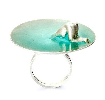 TheCarrotbox.com modern jewellery blog : obsessed with rings // feed your fingers!