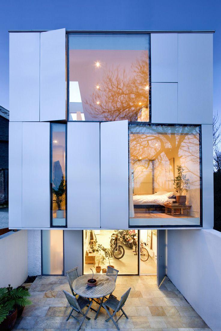 17 beste idee n over glazen huizen op pinterest moderne architectuur architectuur ontwerp en - Verlicht bois moderne ...
