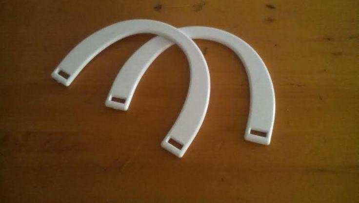manici mezzaluna per borse, by la fettuccia di Sarapia, 3,60 € su misshobby.com