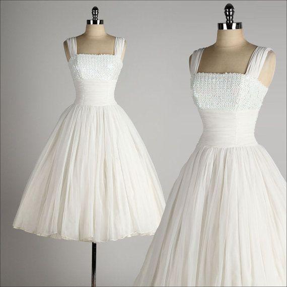 1950-х годов стиль свадебного платья Vestidos Novia чай длина маленькие белые платья короткие пляж свадебные платья свадебные платья