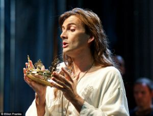 La Couronne Creuse: In Which a Broadcast Allows me to See David Tennant in Richard II