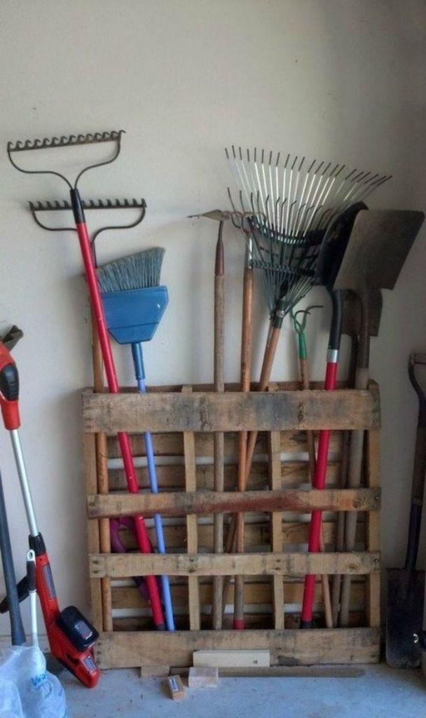 15 Günstige & einfache DIY-Palettenprojekte