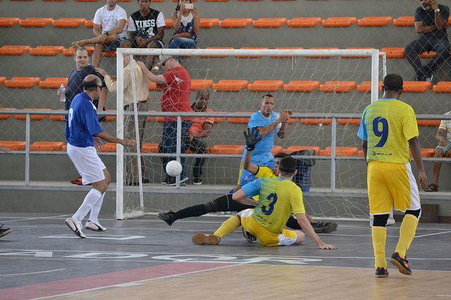 O Instituto de Cegos da Bahia (ICB) conquistou uma vitória maiúscula no jogo de abertura da Copa Loterias Caixa de Futebol de 5 - Séri...