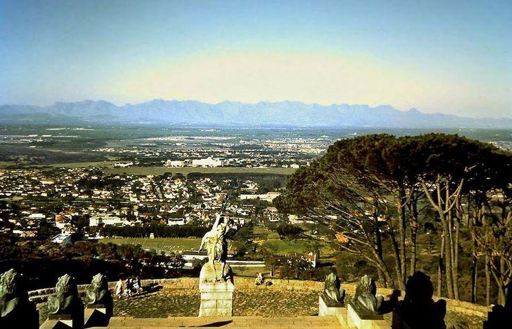 Rhodes Memorial around 1955 - cometocapetown.com