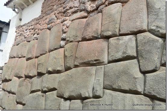 Quiltville соответствует прибаутками & чики!!: Древние стены города Куско, Перу!