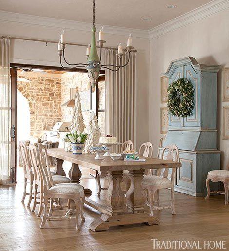 Paul Ferrante Chandelier Scandinavian-Style Christmas: Pretty Texas Home - Traditional Home®