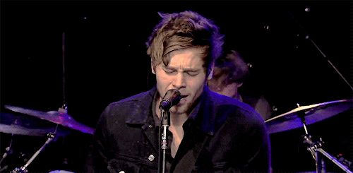 "5 Seconds of Summer Covers ""American Idiot"" On The Howard Stern Show"