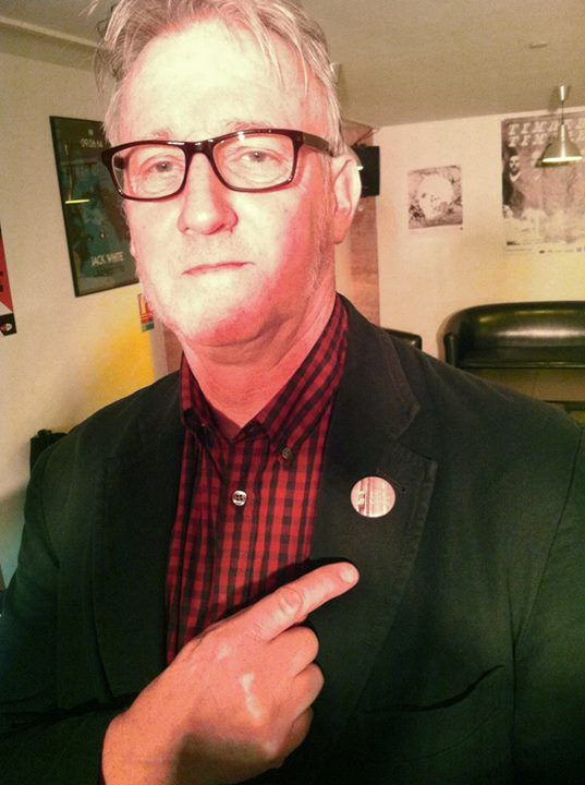 This is Stuart Moxham (from Young Marble Giants Official The G!st himself...) wearing a Watoo Watoo button.  Isn't that cool?  Thank you Mathieu David Blackbird for the picture! - http://ift.tt/1HQJd81