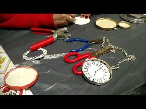 49638a5f7 TUTORIAL  Como hacer el Reloj Alicia en el país de las maravillas - YouTube