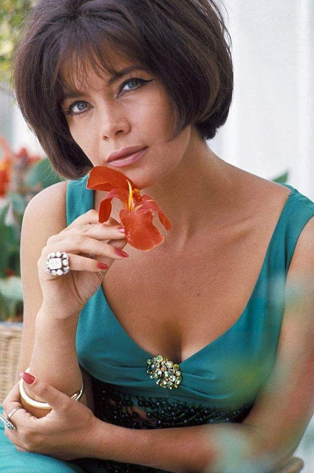 Tzeni Karezi...my favorite Greek actress...