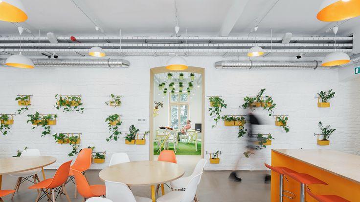 Hostel FLOW / PRTZN Architecture