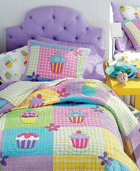Little girl's Quilted Cupcake Bedding