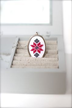 Ethnic hand embroidered necklace - Ethnic jewelry- Fuchsia and black necklace - Cross stitch earrings - Geometrical earrings - Red and black