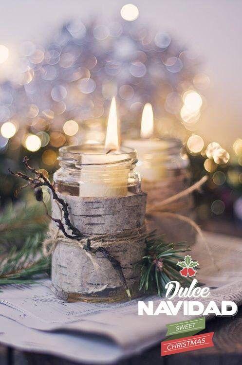 En esta navidad, con maracas, panderetas, al ritmo del tamborilero, con mamá y papá, celebremos juntos las novenas de navidad. Cada noche prendan una vela y quemen una vara de incienso decreten y pidan un deseo. #dulcenavidad #dulcesdeljardin Café Macanas www.dulcesdeljardin.com