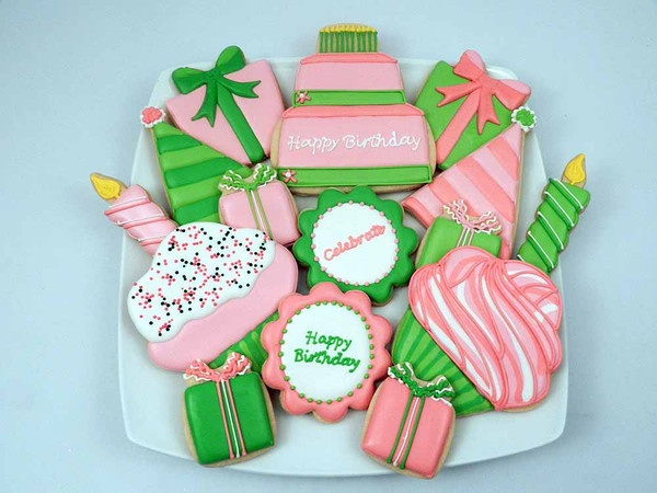 Happy Birthday Cake and cupcakesCookies Ideas, Cookies Gift, Birthday Parties, Birthdays, Birthday Cookies, Flour Boxes, Pink, Boxes Bakeries, Green Birthday