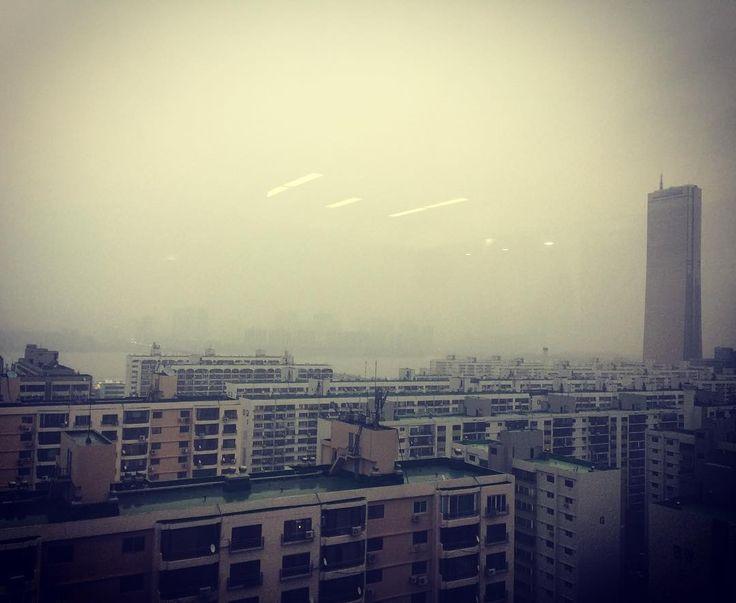 #어두컴컴한도시 #이제그만할까 #개썅 . . . #ipone6plus  #20170102 #오늘의사진