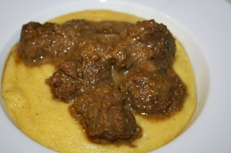 capriolo alla panna con polenta / game coocked with cream and polenta