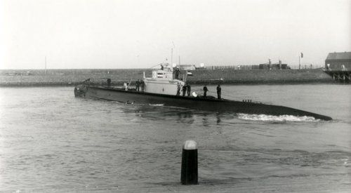 """Onderzeeboot 13 patrolled Spanish waters during the civil war, to protect Dutch ships from nationalist navy. O 13 is referred to as """"still on patrol"""", as it is the last Dutch submarine still to be found, of the seven submarines the Royal Dutch Spain civil war. Navy lost in World War II.[11] In September 2012, the Royal Netherlands Navy announced they would renew the search with new, advanced equipment.[12][13]"""