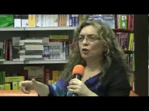 Antonella Albano presenta Vampiri, Supereroi e Maghi