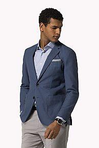 Garment Dyed Pique Fitted Blazer. Scopri la collezione blazers per men di Tommy Hilfiger.